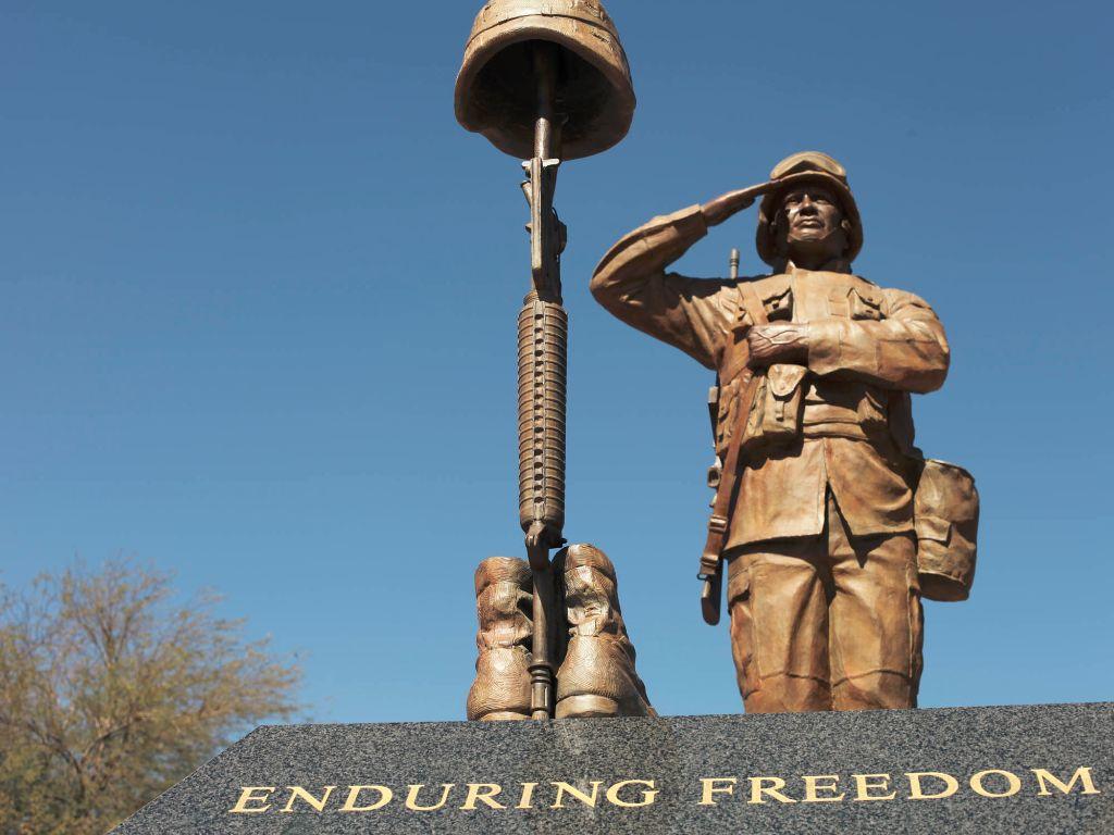 1-veteran-statue-full